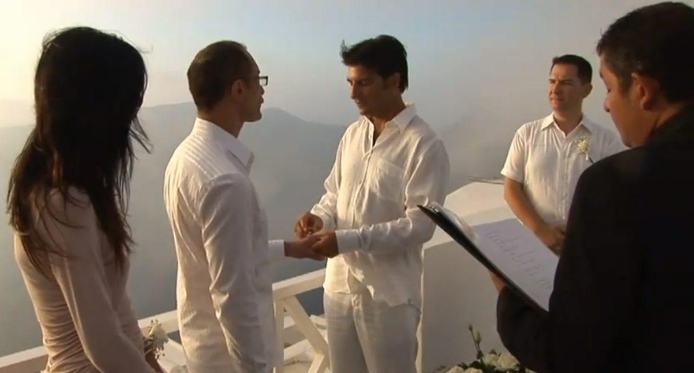 Mariage gay à Santorin