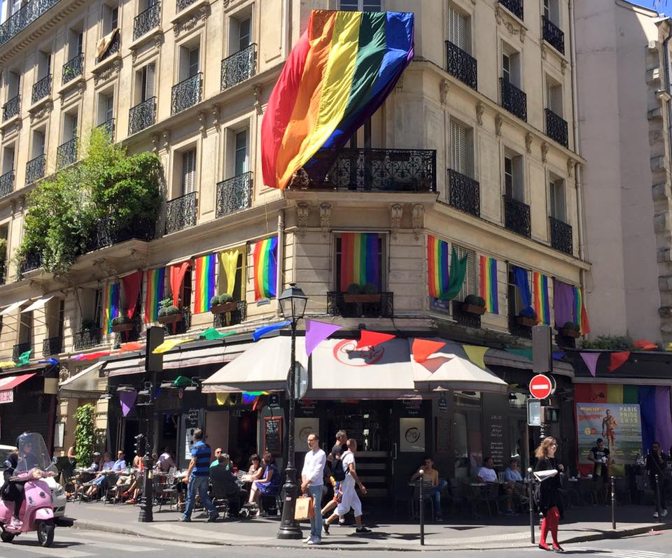 Open Café : bar gay à Paris