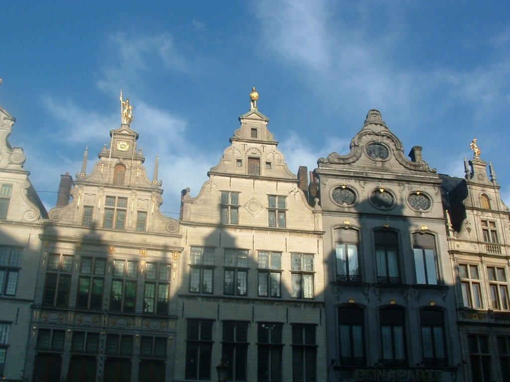 Place au marché de Bruges : Grote Markt