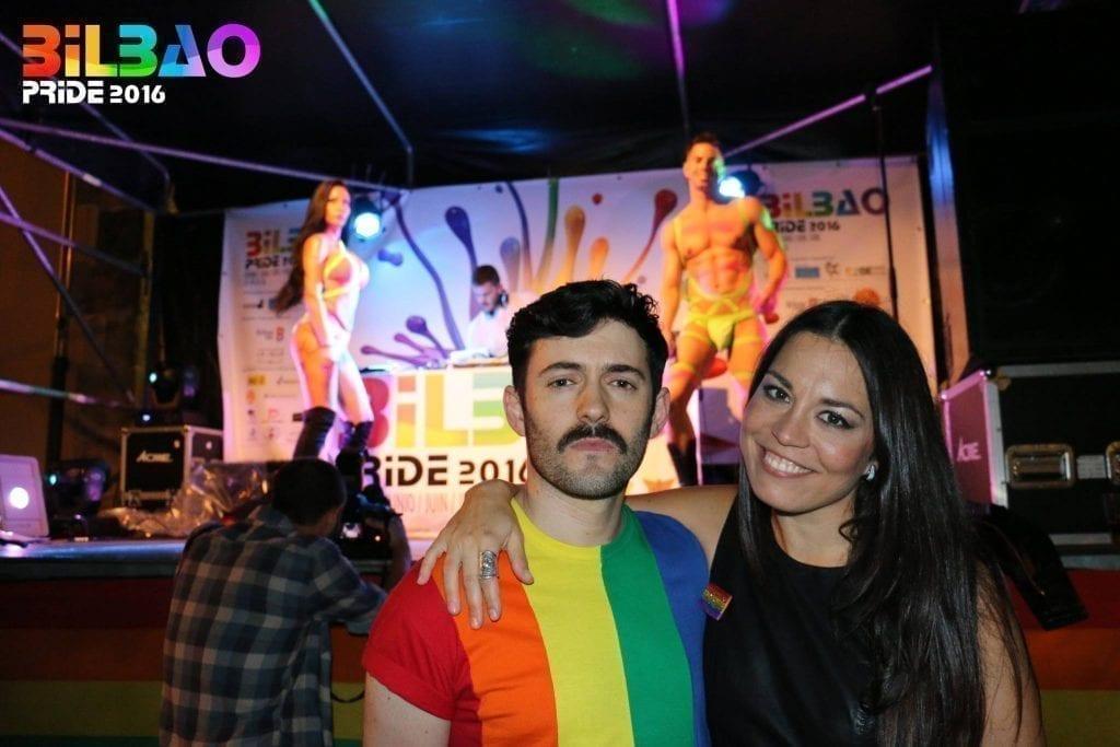 Touriste gay à Bilbao