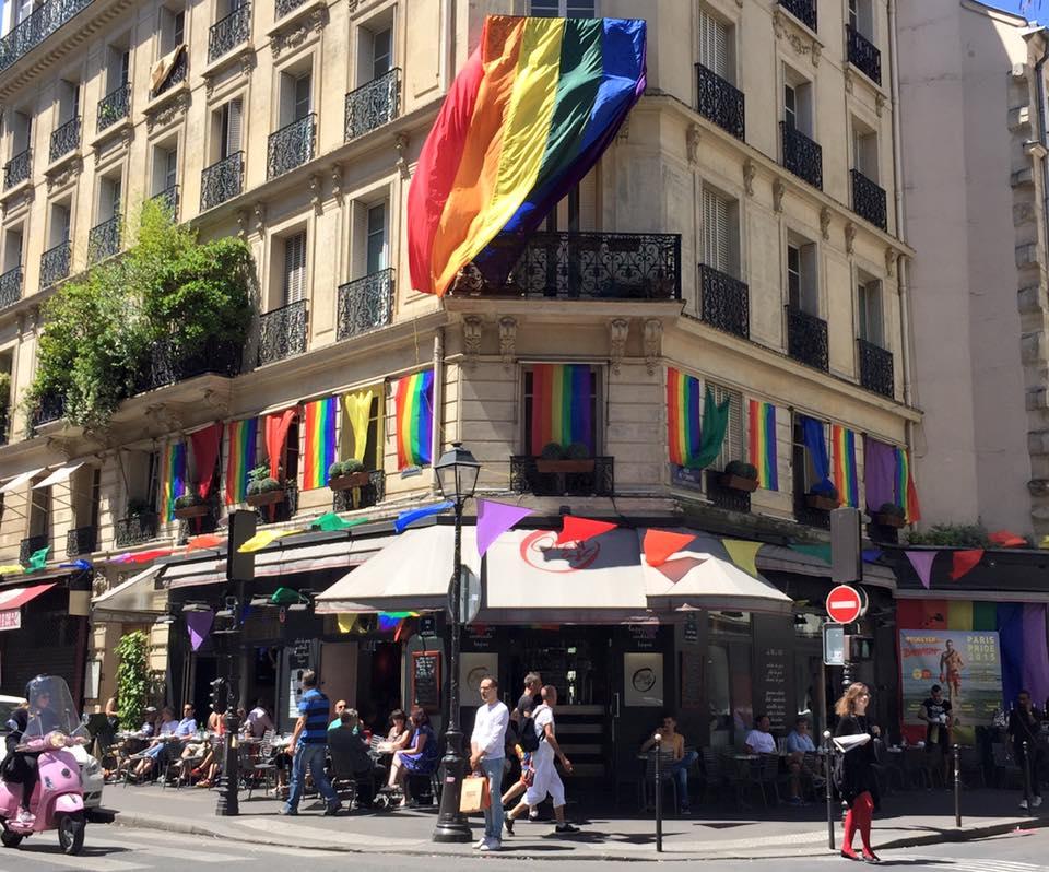 Open Café : bar gay à Paris