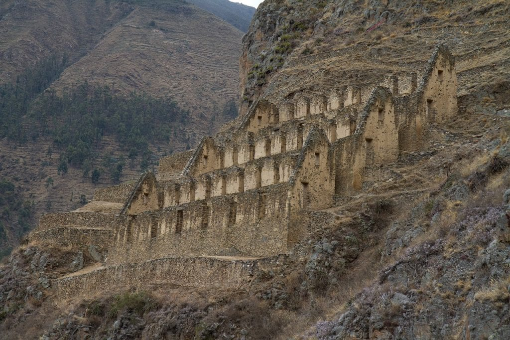 Ollantaytambo en direction vers le Machu Picchu