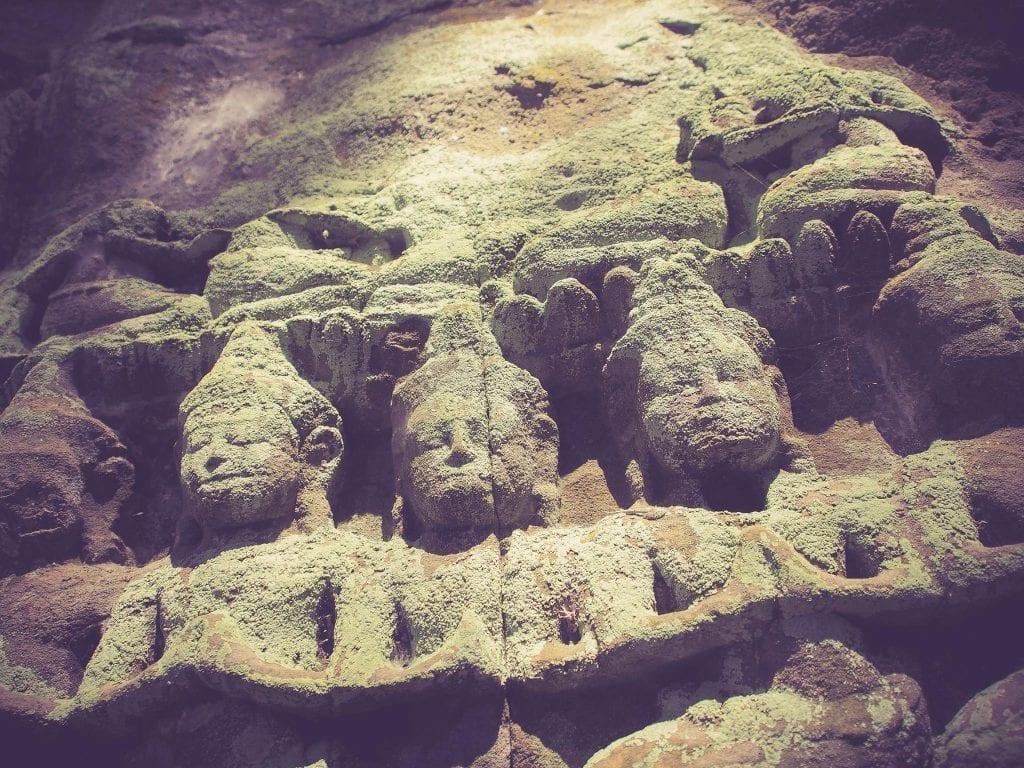 Conflits entre les temples d'Angkor Vat