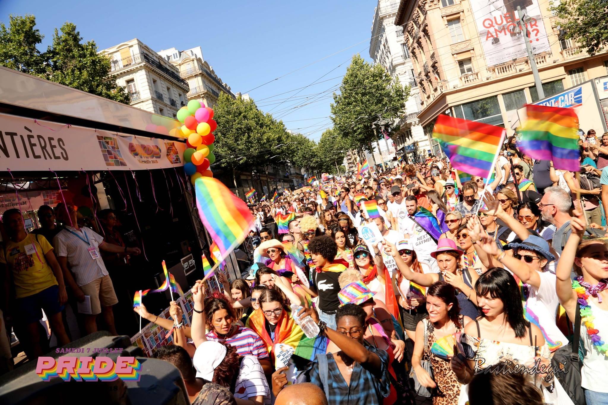 Défilé de la gay pride de Marseille
