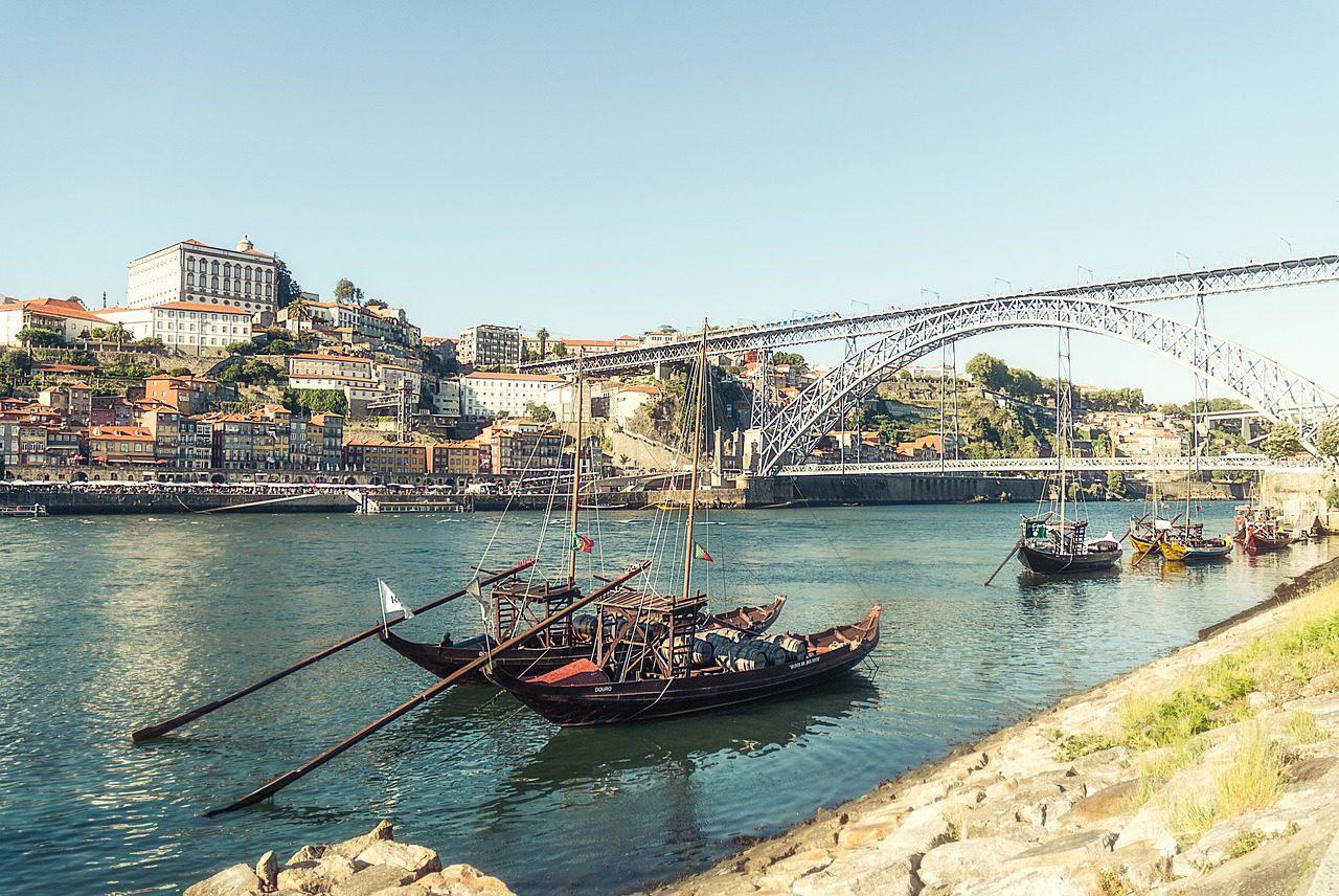 Art de la rue et architecture de pointe à Porto