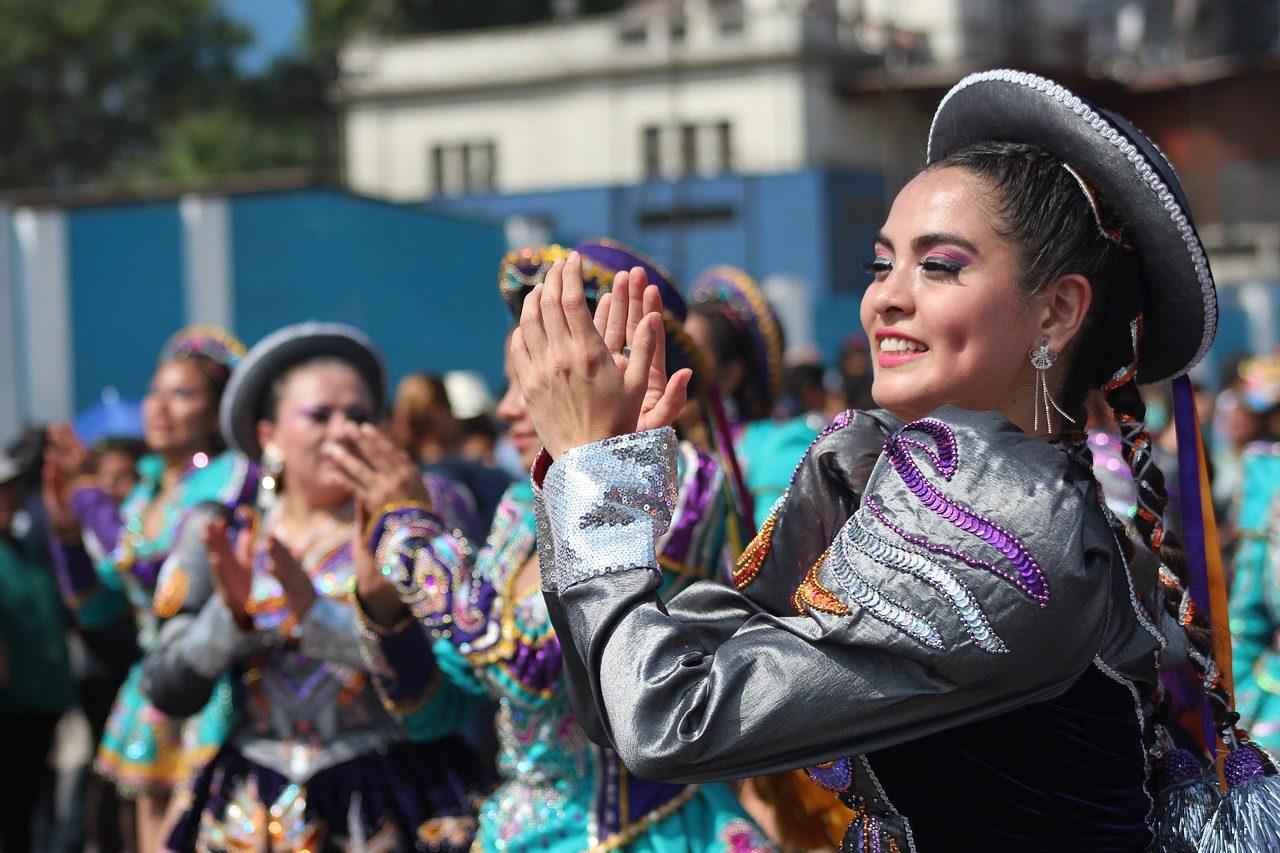 La vie est un carnaval est au Pérou