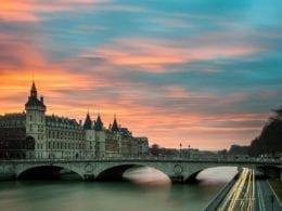 Réserver un taxi à Paris au meilleur prix