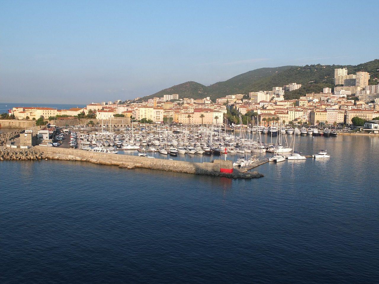 Guide gay d'Ajaccio (Corse)