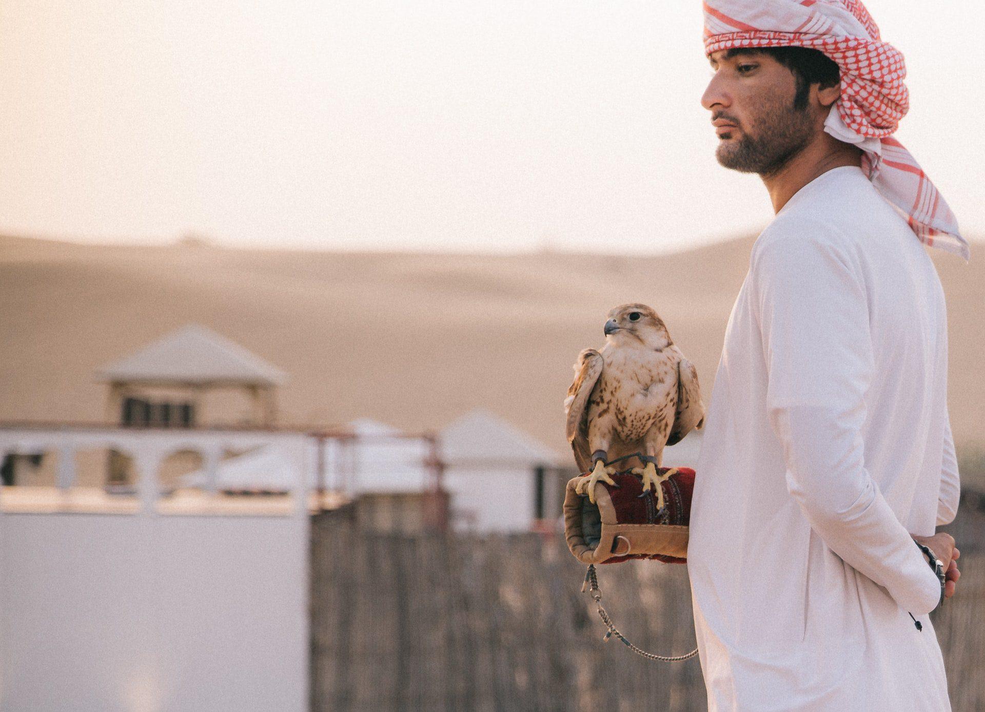 Les capitales du Golfe où les relations « bisexuelles » se généralisent depuis 2020