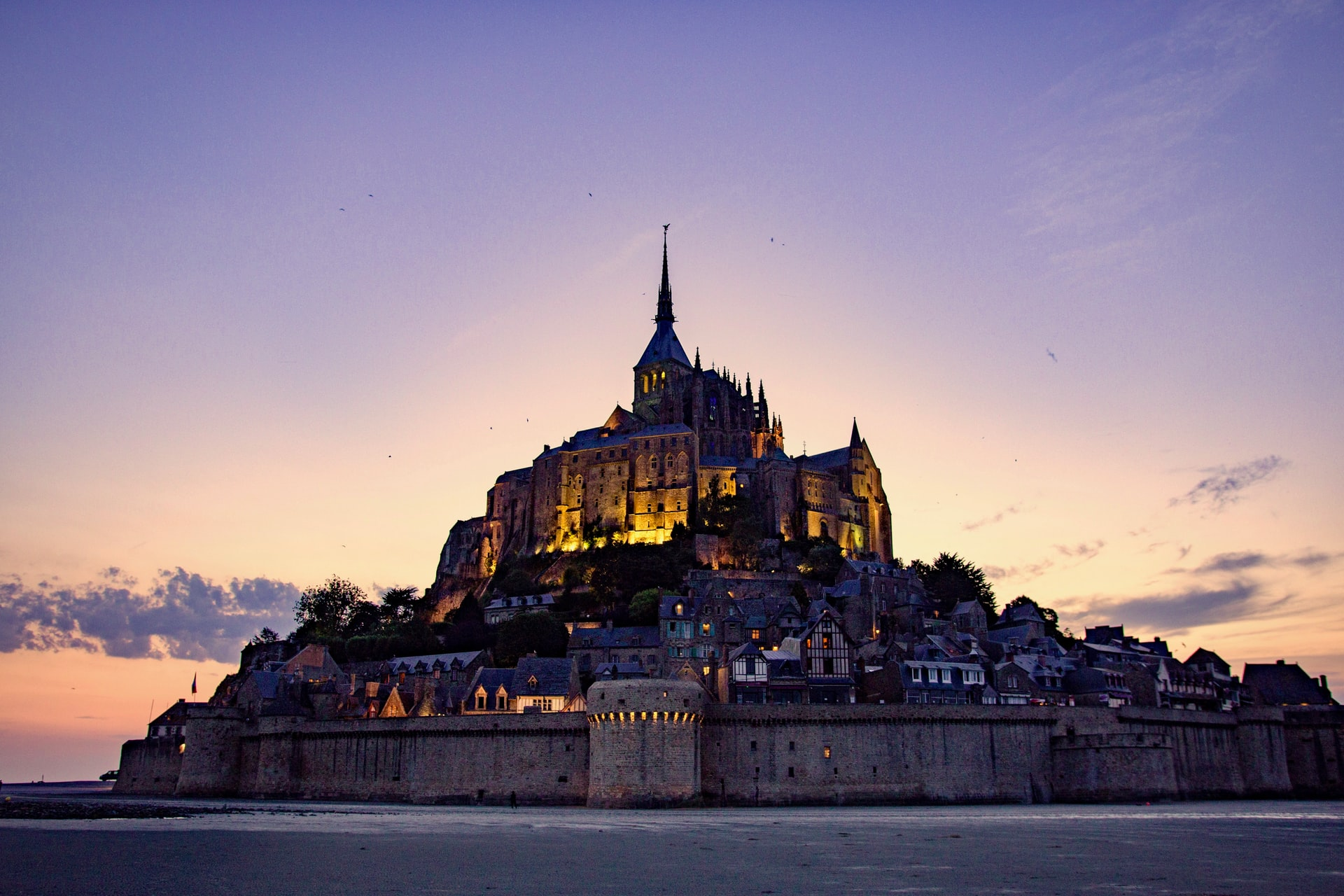 Mont-Saint-Michel : du Moyen-Âge à aujourd'hui