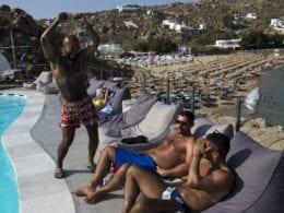 15 hôtels gay à faire en Grèce