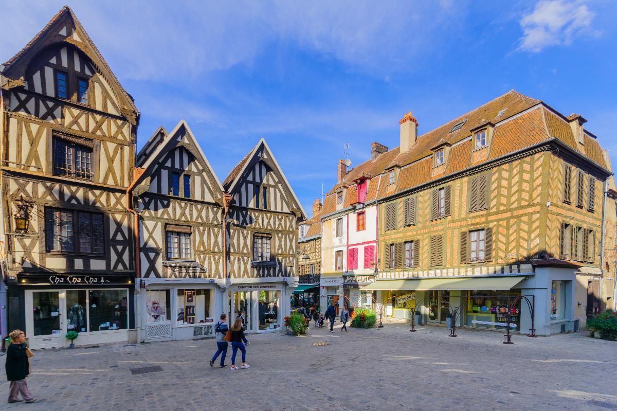 Une visite gay friendly d'Auxerre