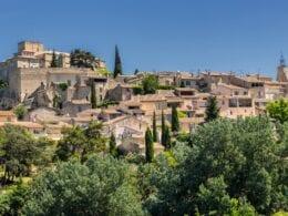 Visitez Ansouis : ce magnifique village français