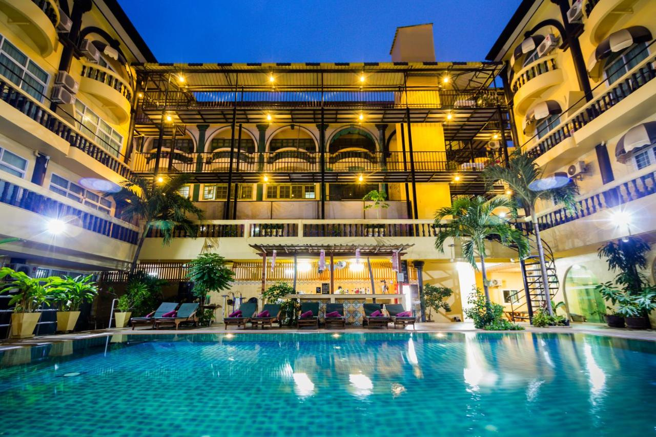 Zing's Ganymede Resort & Spa
