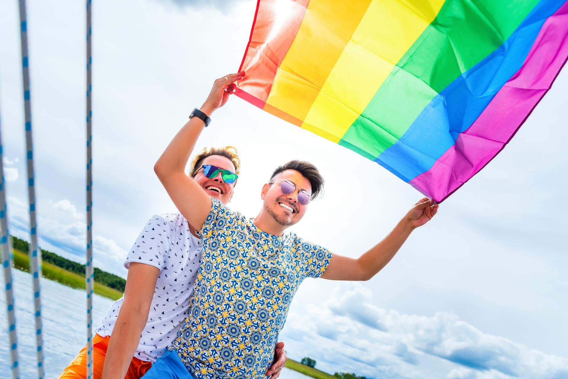 dijon rencontre gay vacation rentals a Saint Nazaire