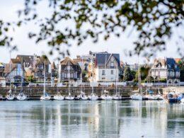 Visiter Deauville et ses plages, au coeur de la Normandie