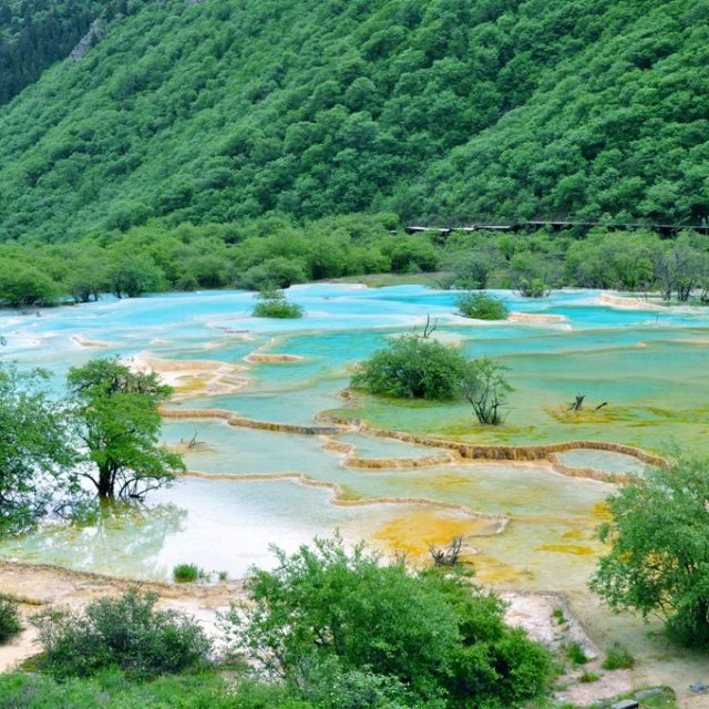Huanglong : la Vallée du dragon jaune