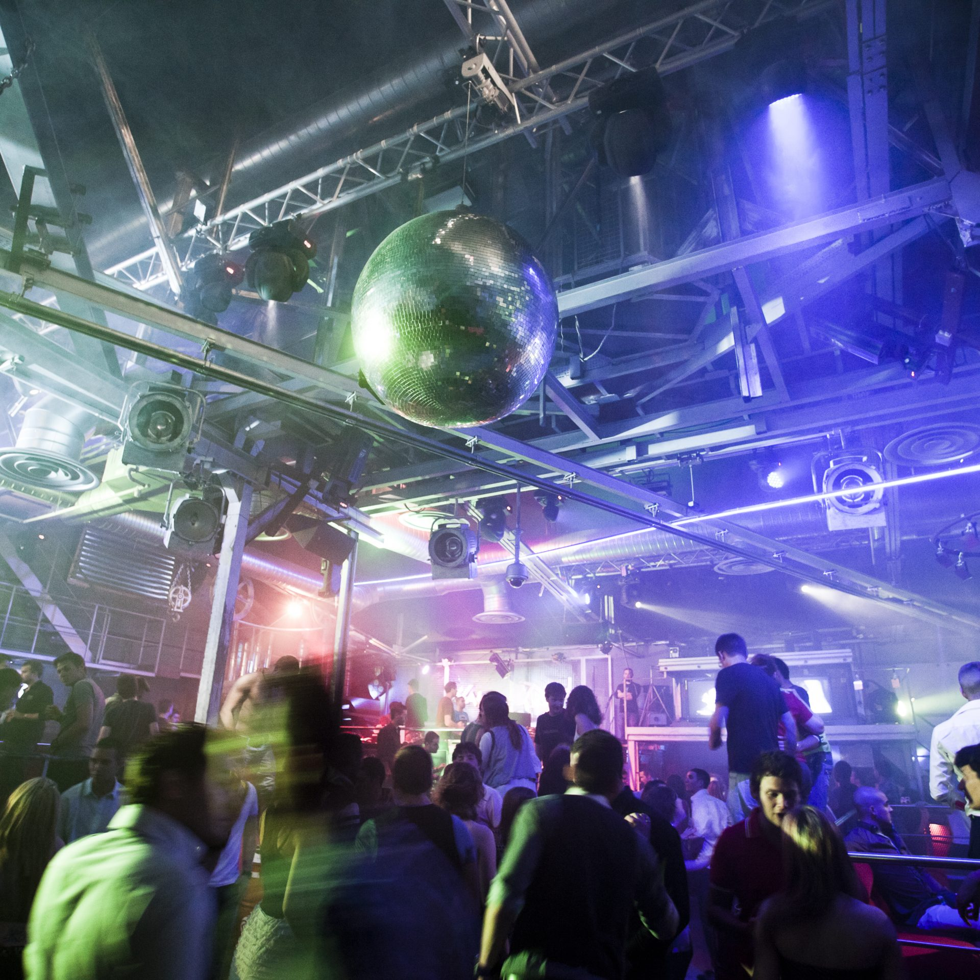 Gay bars clubs in Lyon