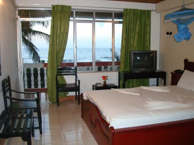 Negombo hotel gay